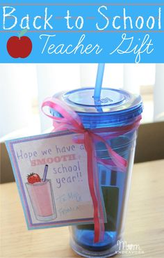 A simple & sweet back to school teacher gift! Super EASY to put together! -via momendeavors.com