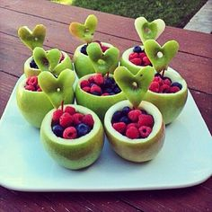 These apple fruit bowls are so cute! We want to try them! | Young & Hungry