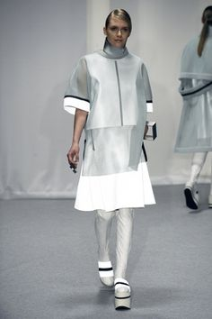 LEI HE A/W15 LESS IS MORE