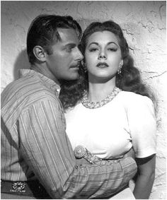 """Maria Montez and Jon Hall in """"Ali Baba and the 40 Thieves"""", 1944"""