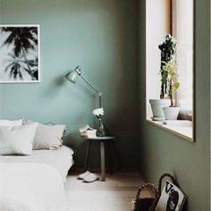 """¿Quieres ganar más espacio visual en una habitación? Utiliza el recurso de los """"muebles camuflaje"""" ¿no sabes lo que es? Entra en el blog y ¡toma nota! [enlace directo en el perfil]"""