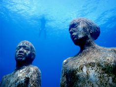 World's Most Unique Snorkeling Sites: Grenada, West Indies: Underwater Museum Grenada West Indies, Sculpture Museum, Sculpture Garden, Underwater Sculpture, Best Snorkeling, Underwater Photographer, Gif Animé, Underwater World, Science And Nature