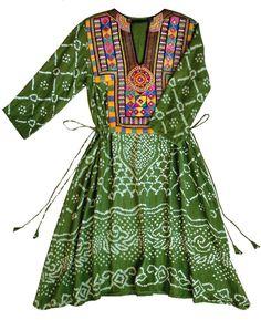 Handcrafted Vintage Bandhani & Mirror Work Drawstring Kaftan in Green