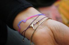 DIY Charm Bracelets & Gift Toppers #freepeople #DIY