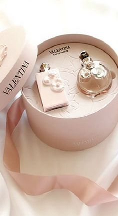 Dear Charlene, I hope you like this Valentina Perfume. The box is so pretty you can keep some of your special girly things in it. Vanessa Moe, Perfume Diesel, Dolce E Gabbana, Best Perfume, Perfume Collection, Parfum Spray, Body Spray, Smell Good, Girly Things