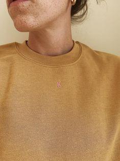 Small pot hand embroidered high-neck sweatshirt sage green