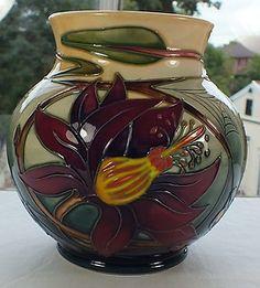 "Moorcroft 6"" vase Hartgring 914/6 Emma Bossons 1st Quality Near Mint 2004 | eBay"