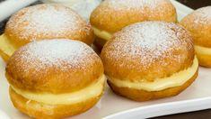 Cele mai pufoase gogoși pe care le-am mâncat vreodată! Romanian Desserts, Romanian Food, Donuts, Breakfast Waffles, Churros, Cupcake Cookies, Cake Pops, I Foods, Sweets