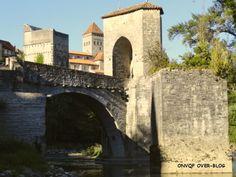 Pont de la Légende, Sauveterre de Béarn http://onvqf.over-blog.com/pont-de-la-l%C3%A9gende-sauveterre-de-b%C3%A8arn-pyr%C3%A9n%C3%A9es-atlantiques-64-a