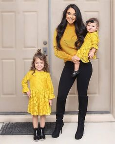#favourite 😍 Mom Daughter Matching Outfits, Mom And Baby Outfits, Matching Family Outfits, Cute Fashion, Kids Fashion, Outfits Niños, Fashion Outfits, Superenge Jeans, Mother Daughter Fashion