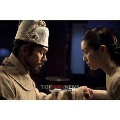 "Hyun Bin with Han Ji Min (Queen Jungsoon) in ""The Fatal Encounter"" movie"
