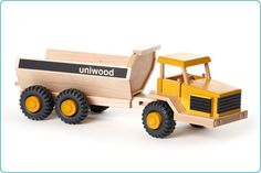 Uniwood Big 6 wheeled  Dumper wooden toy truck U14008 rear #wooden #toy