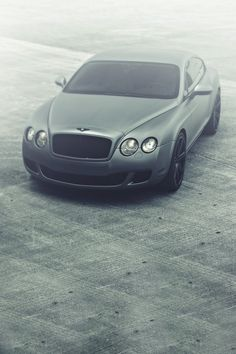 The Bentley Continental GT was first unveiled at the 2003 Geneva Motor Show with the GT Speed model going into production in The second generation GT Speed was introduced in 2012 and is available as a coupe and a convertible. Bentley Auto, Bentley Motors, Ferrari, Sexy Cars, Hot Cars, My Dream Car, Dream Cars, Supercars, Automobile