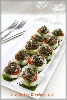 簡単!パーティーレシピ】カブと生ハムの前菜バジルソース by Enjoy ... Sushi, Ethnic Recipes, Food, Meals