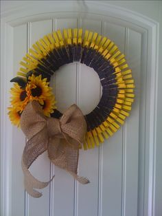 sunflower clothes pin wreath.