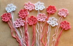 This beginner crochet flower has open petals. An easy pattern and great for using up those yarn scraps. Just so cute and delicate. Zig Zag Crochet, All Free Crochet, Beginner Crochet, Love Crochet, Learn To Crochet, Easy Crochet, Crochet Flower Patterns, Afghan Crochet Patterns, Crochet Patterns For Beginners