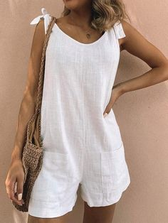 Women Buttoned V-Neck Sleeveless Casual Romper Summer Outfits, Casual Outfits, Fashion Outfits, Fashion Styles, 70s Fashion, Teen Fashion, Fall Fashion, Style Fashion, Fashion Tips