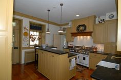Beautiful kitchen - love the colonial color.  Home is located in Annville Pennsylvania and is avaiable for purchase.