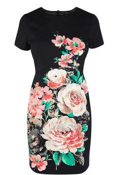 Wiggle dress with pretty flowers. So pretty!