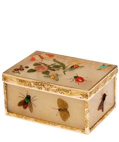 Snuffbox, Germany, ca. 1760-70  This box, of cloudy quartz, is encrusted with flowers and insects in various coloured hardstones. It is mounted in gold. The technique of raised stonework such as this is frequently associated with the court of Frederick the Great in Berlin, and it is likely that this box was made there. Chased gold, quartz and hardstones