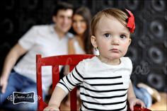 18 month photo idea. like mommy and daddy in the background.