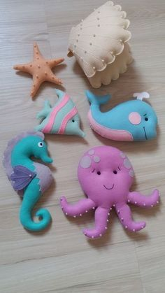 Felt sea horse ornament Christmas hippocampus home decor Christmas gift gift idea seahorse Baby shower wool feltro filz filc eco friendly Felt Crafts Diy, Felt Diy, Baby Crafts, Fabric Crafts, Crafts For Kids, Crochet Crafts, Sewing Toys, Sewing Crafts, Sewing Projects