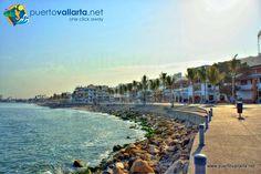Puerto Vallarta's malecon or boardwalk, the center of all the fun. http://www.puertovallarta.net/espanol/que-hacer/malecon-de-vallarta.php  El malecon de Pto. Vallarta, el centro de todo lo vallartense http://www.puertovallarta.net/espanol/que-hacer/malecon-de-vallarta.php  #puertovallarta #vallarta #centro #downtown #malecon #elmalecon #jalisco #mexico