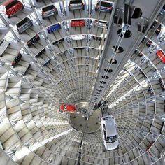 World's largest parking deck