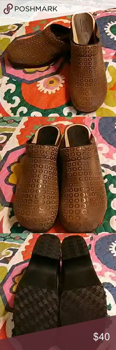 Cute Sanita Clogs Practically Brand New/ only wore 2 Times/ Really Cute and Stylish!!/ Sanitas tend to run small so these fit like a size 10!! Sanitas Shoes Mules & Clogs