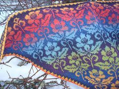 Ravelry: Stella, chart pattern by Eva-Lotta Staffas Fair Isle Knitting Patterns, Fair Isle Pattern, Shawl Patterns, Knitting Charts, Knitting Designs, Knitting Stitches, Knitting Projects, Hand Knitting, Norwegian Knitting