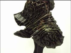 Elizabeth Delfs works with foam, fly wire and plastics to make these billowing forms Sewing Tips, Sewing Hacks, Sculpture Art, Sculptures, Over The Top, Natural Forms, Origami, Core, Fiber