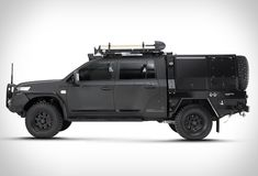 In 2016 Patriot Campers took the world by storm with the release of their Supertourer dubbed the Black Truck, a highly-customizable, imminently-capable off-road machine based on the new GXL Toyota Landcruiser dual cab. For their Supe Land Cruiser 70 Series, Land Cruiser 200, Toyota Land Cruiser, Overland Truck, Overland Trailer, Custom Truck Beds, Custom Trucks, Black Truck, Car Goals