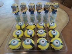 Despicable me minion party cupcakes and favors