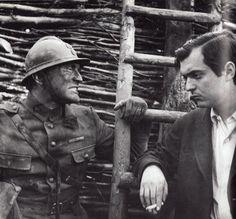 """Stanley Kubrick et Kirk Douglas sur le plateau de """"Les Sentiers de la Gloire"""""""