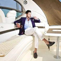 Stylish yachting. What do you think of the horizontal stripes on the blazer? #ootd #instastyle #instafashion #dapper #style #gq #suits #sprezzatura #pocketsquare #blazer #gentlemen #fashion #paris #newyork #menswear #tailored #sartorial #bespoke #savilerow #instyle #beautiful#love #instagood#followALWAYS BE #seeninstyle!