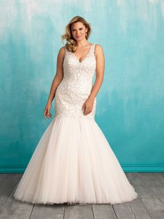 27f516b1177 Allure Bridals  Style  W377 Curvy Bride