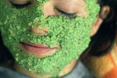 Parsley contains natural astringent properties that neutralise sebum secretion. When massaged topically it eradicates deadly toxins, opens up blocked pores and alleviates acne and pimple scars keeping the skin radiantly soft and smooth. Pimple Scars, Acne And Pimples, Pore Mask, Skin Mask, Home Remedies For Acne, Acne Remedies, Homemade Skin Care, Diy Skin Care, Homemade Mask