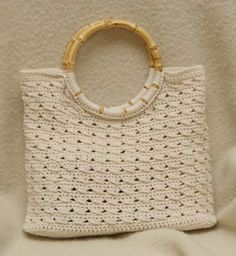 esther @ www.ullaneule.net Crochet Bags, Love Crochet, Straw Bag, Purses And Bags, Cross Stitch, Crafty, My Love, Vintage, Purses