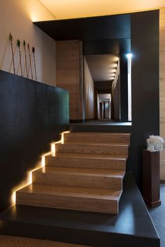 Stairs - Vieyra Arquitectos Design a Contemporary Home in the Lomas Country Golf Club, near Mexico City Interior Design Work, Interior Decorating, Stair Railing, Stairs, Railings, Ad Mexico, Mexico City, Las Vegas Golf, Church Conversions