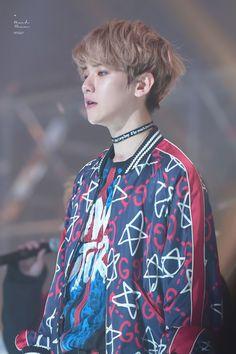 Baekhyun - 170119 26th Seoul Music Awards Baekhyun, Park Chanyeol, 26th Seoul Music Awards, Exo Korean, Kim Junmyeon, Chinese Boy, Chanbaek, Btob, Most Beautiful Man