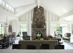 So calm and inviting. Love to have a cup of tea and a good book in front of that fireplace.