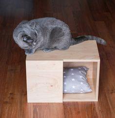 Legowisko/budka dla kota lub psa. - anandesign - Legowiska dla kota Kitten, Lion Sculpture, Vogue, Statue, Furniture, Cute Kittens, Kitty, Kitty Cats, Home Furnishings