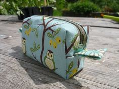 An Snag Breac Beo: Fully lined box bag/pouch tutorial with no seams showing!!!