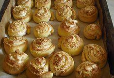 Cheddar, Muffin, Breakfast, Food, Morning Coffee, Cheddar Cheese, Meals, Muffins, Yemek