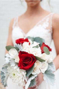 #stylemepretty #bridebouquet #holidayflowers #engaged #bridetobe