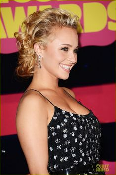 Hayden Panettiere at the CMT Music Awards 2012
