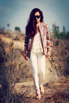 Shop this look on Kaleidoscope (jeans, top, jacket)  http://kalei.do/WqVIzV0wPHl1kmBY