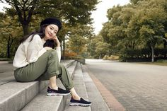 Our goal is to keep old friends, ex-classmates, neighbors and colleagues in touch. Korean Celebrities, Celebs, Kim Go Eun, Korean Drama Movies, Kdrama Actors, Korean Wave, Korean Actresses, Stylish Girl, Simple Outfits