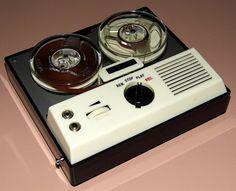 Vintage Valiant 5 Transistor Portable Reel-To-Reel Tape Recorder, Made In Japan, Circa 1960s