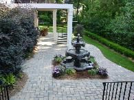 I would love to do something similar to this at my new house! Landscaping adds so much dimension--not to mention value--to a home! Absolutely beautiful! A must have at my new house!